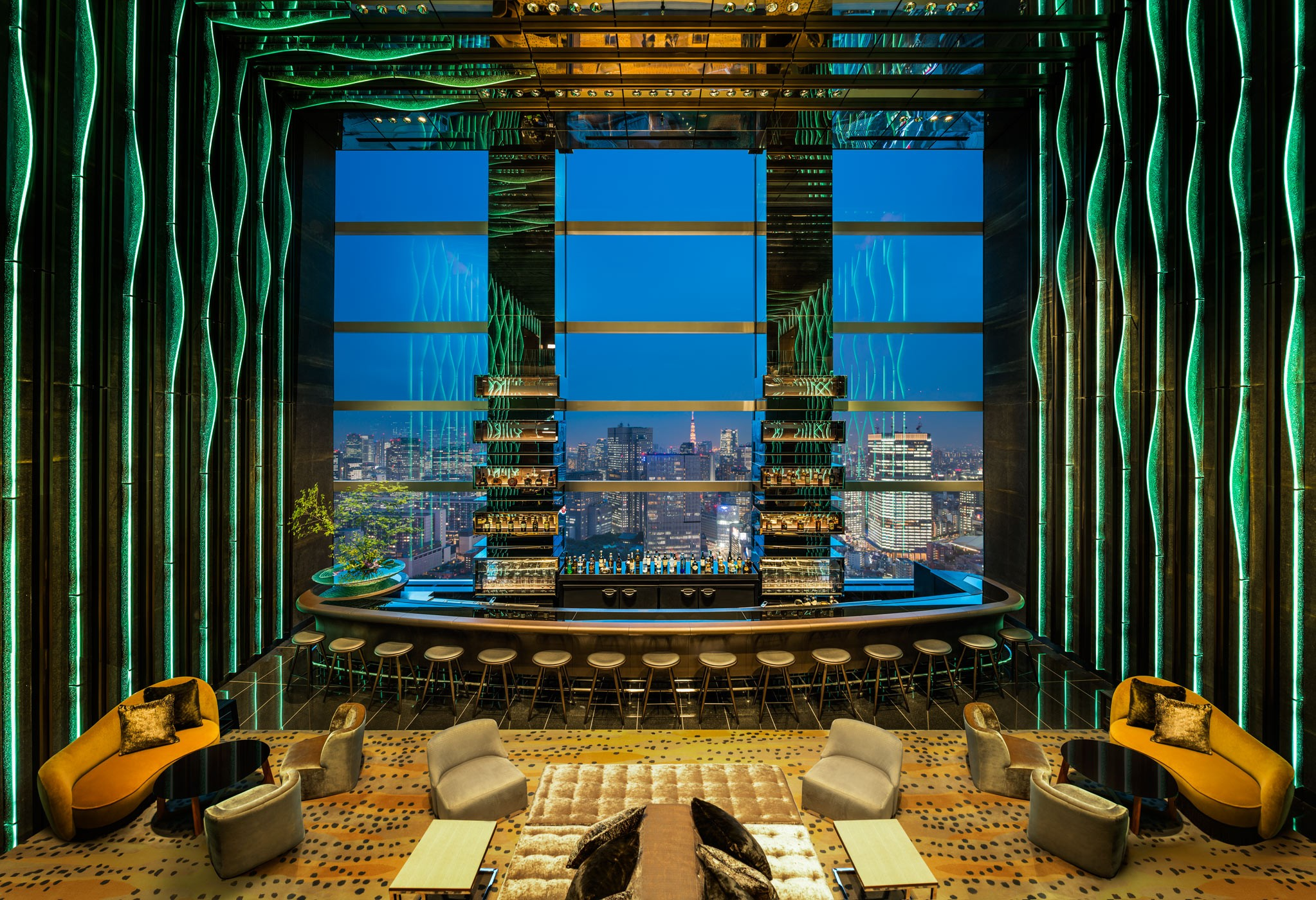 Lobby-Lounge-LC-Tokyo-fixed-5-Aug