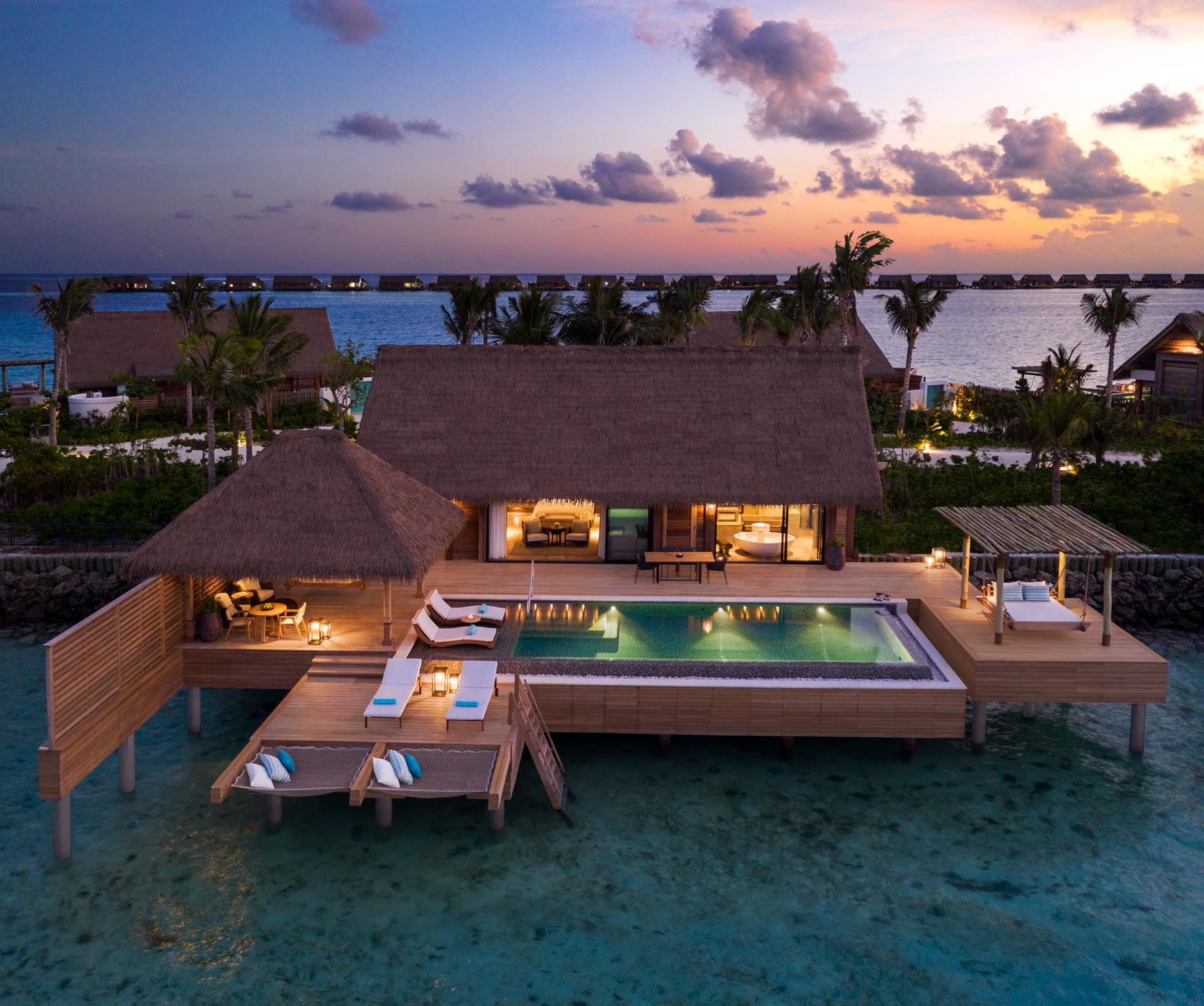 Grand_Reef_Villa_Exterior_sunset