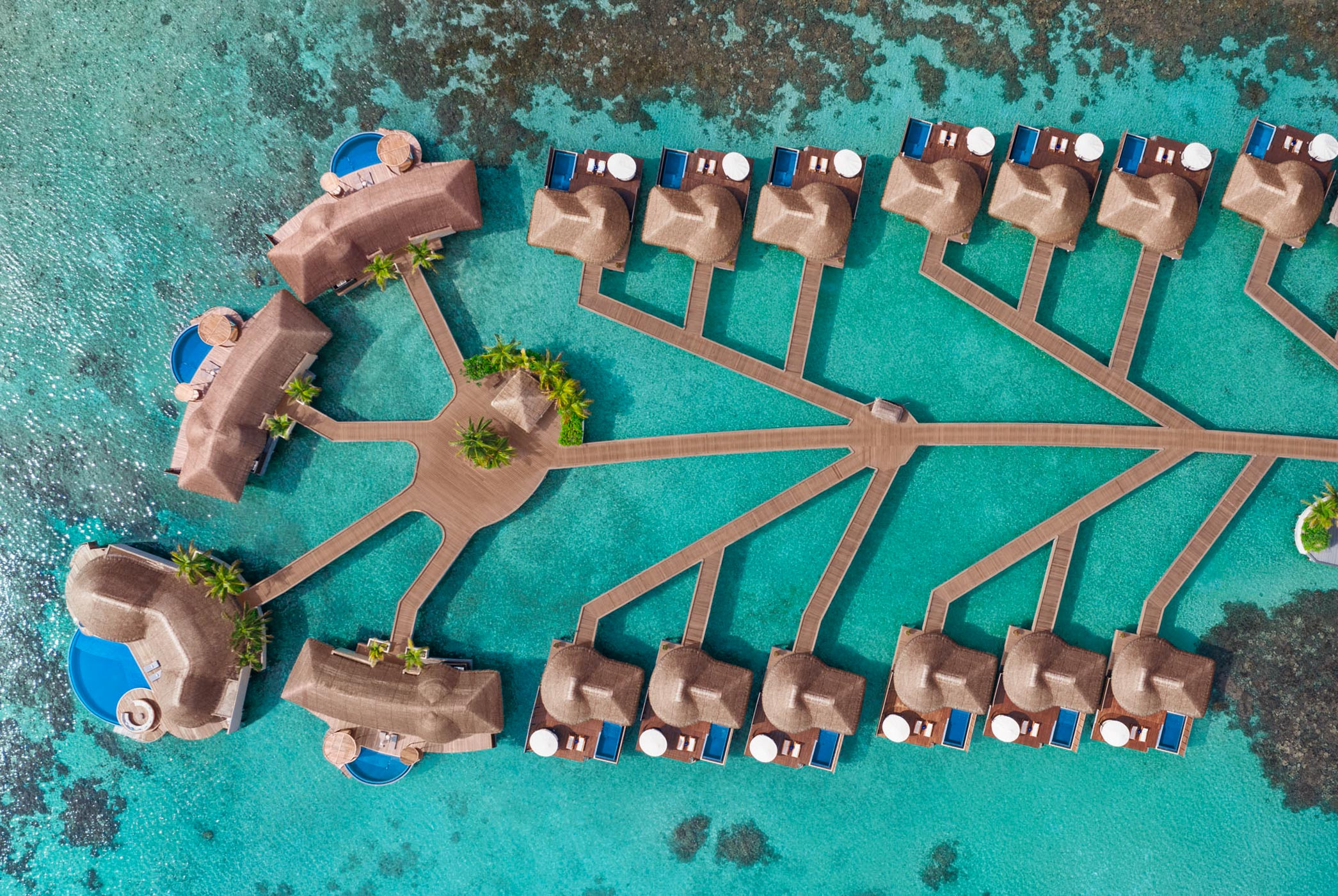 WHO_MLEWH_Aerial_Picture_Overwater_Escapes