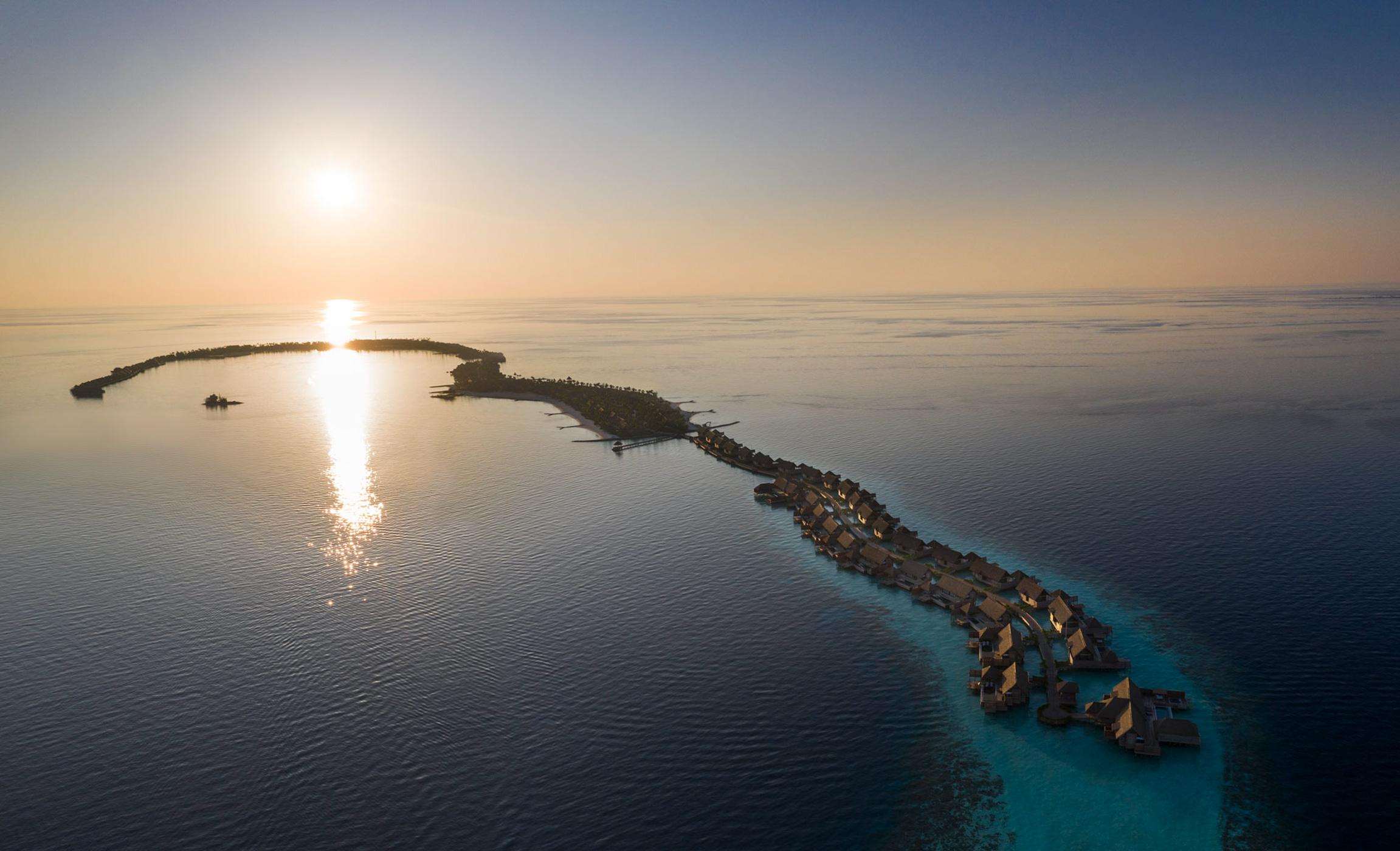 Waldorf_Astoria_Maldives_Ithaafushi_at_dawn_02