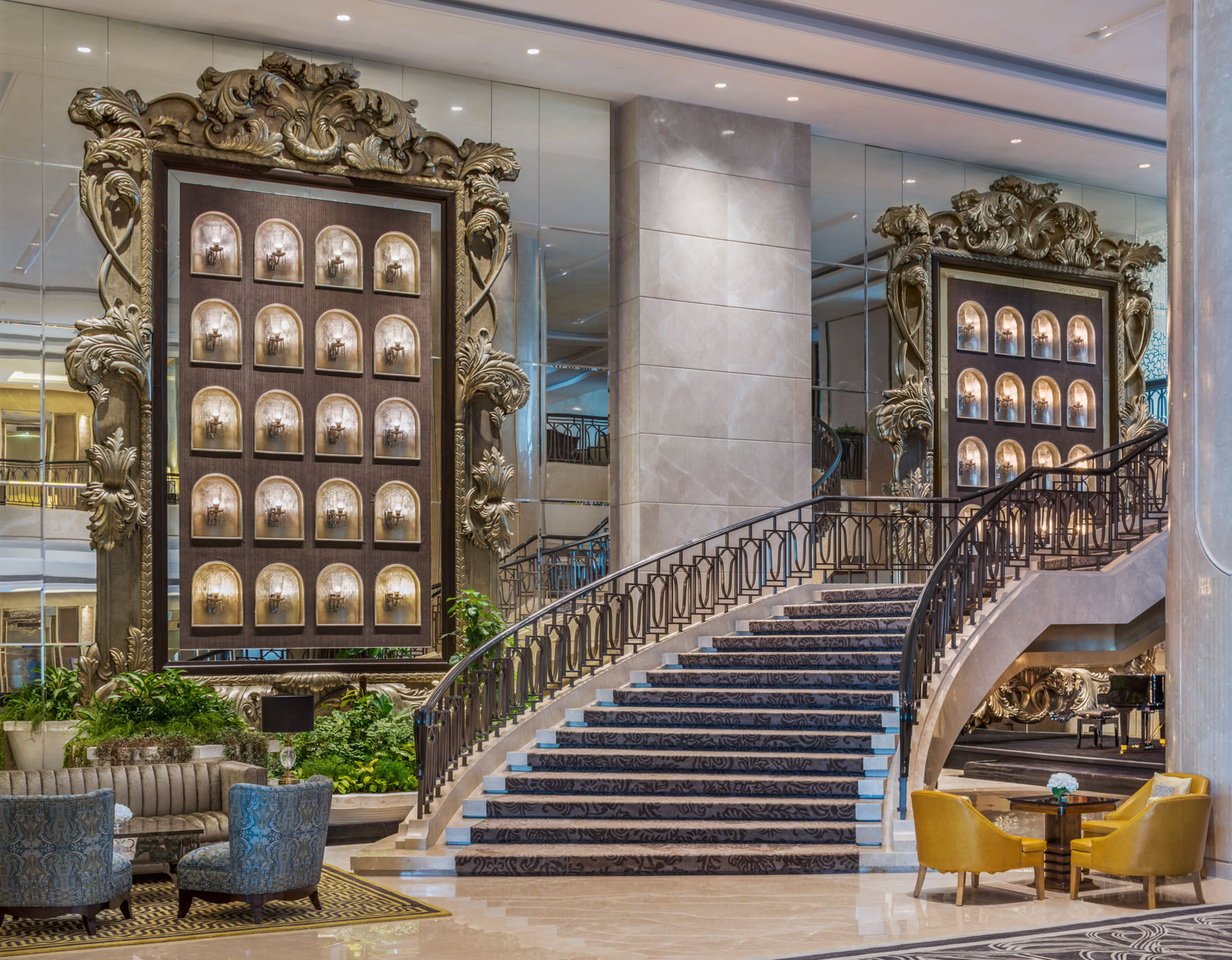 St Regis Mumbai_Grand Stair